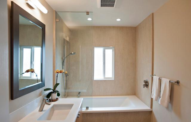 Modern & Sleek Bath - Contemporary - Bathroom - san diego ...