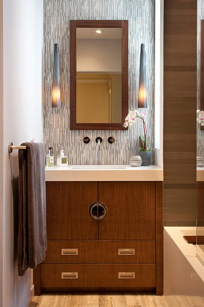 Example of a zen bathroom design in San Francisco