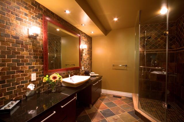 Mississauga Home modern-bathroom