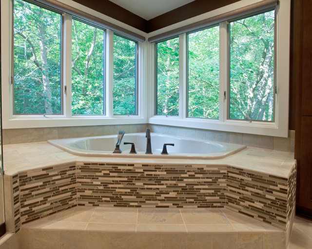 Bath Tub with Ceramic & Glass Tile - Contemporary - Bathroom ...