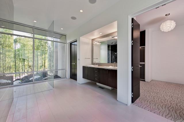 Place41 modern-bathroom