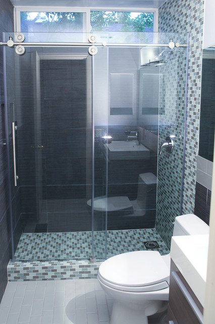 Small bathroom layout remodel modern bathroom san - Small bathroom remodel with tub ...