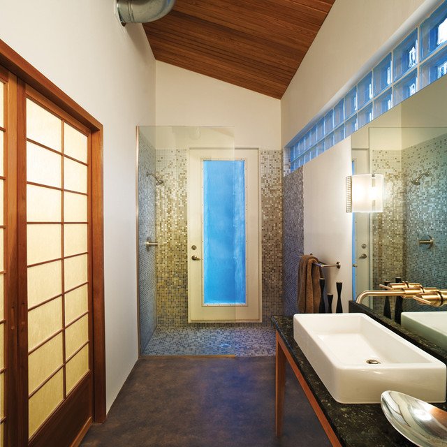 Mumford Pool House Modern Bathroom Tampa By