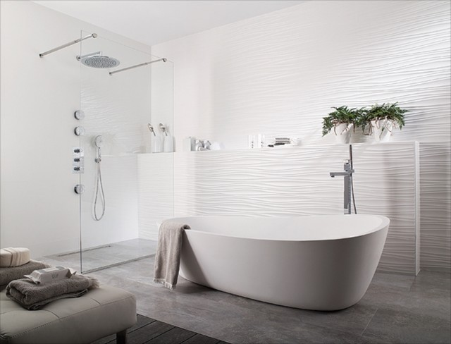 Porcelanosa oxo blanco 12x35 modern bathroom by for Porcelanosa bathroom designs