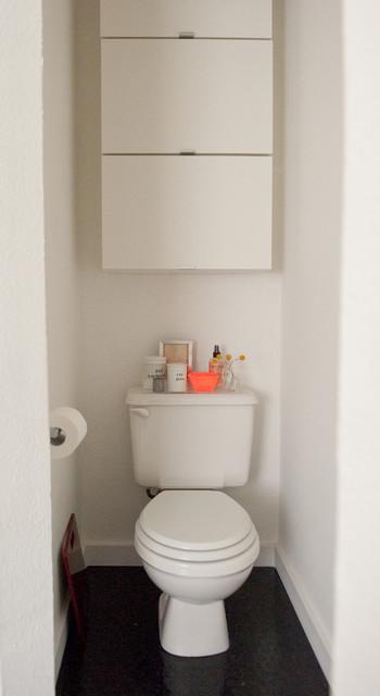 Modern black-and-white bathroom modern-bathroom