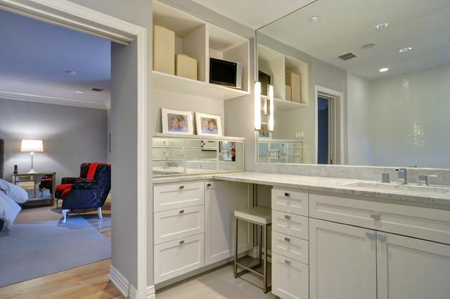 Modern Bungalow Modern Bathroom Dallas By Braswell