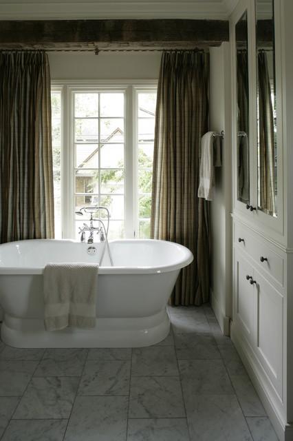 Modern Bungalow contemporary-bathroom