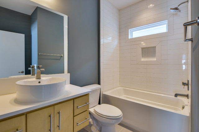 Modern Craftsman Shotgun Modern Bathroom Nashville By Marilyn Kimberly Hill Interior