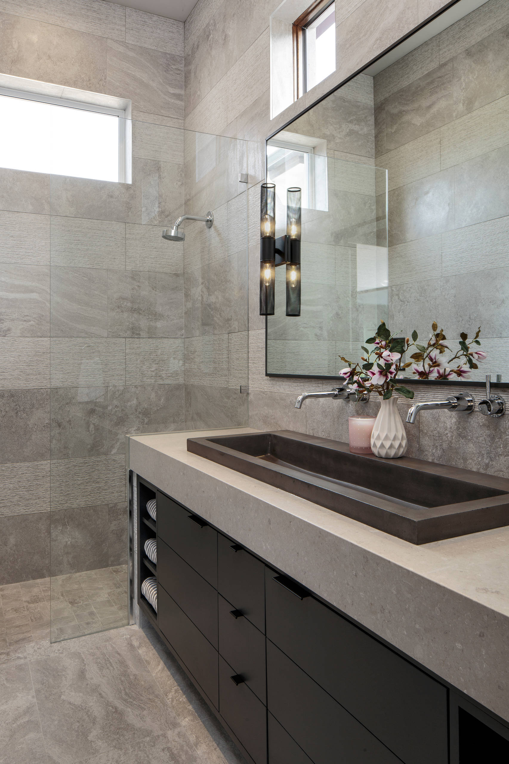 5 Beautiful Modern Bathroom Pictures & Ideas - November, 5  Houzz