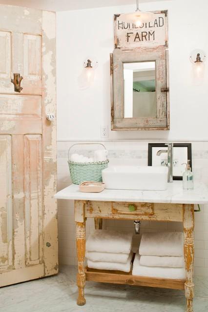 Modern Farmhouse Bathroom Renovation