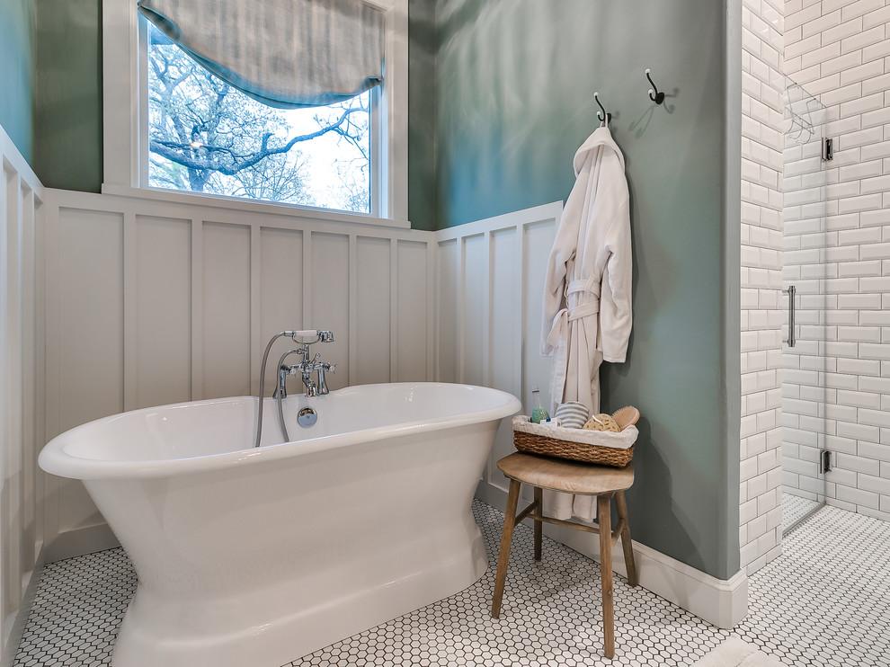 Bathroom - country bathroom idea in Oklahoma City