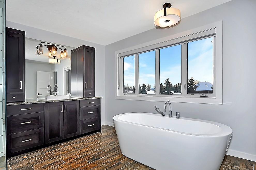 Modern Farmhouse Farmhouse Bathroom Calgary By