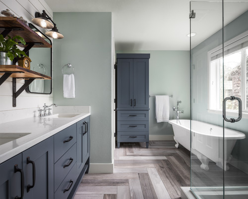 modern farmhouse bathroom design