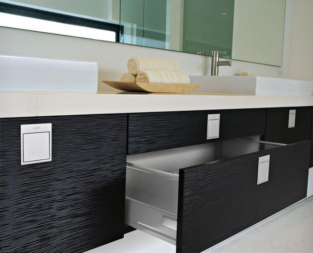 Modern Functional Kitchen in Los Angeles, CA modern-bathroom