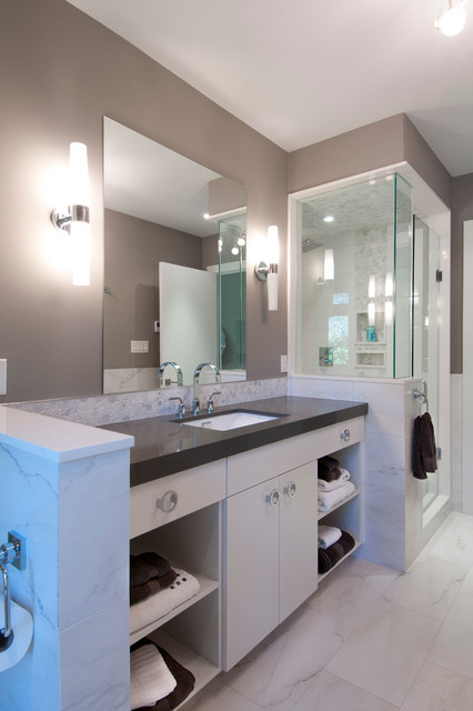 Perfect Jacqueline Glass, Interior Decorator And Owner Of Jacqueline Glass &amp Associates In Mississauga  Karl Also Suggests Replacing The Bathroom Door With One That Has A Fulllength Mirror Set In, Along With New Knobs And Handles He Also
