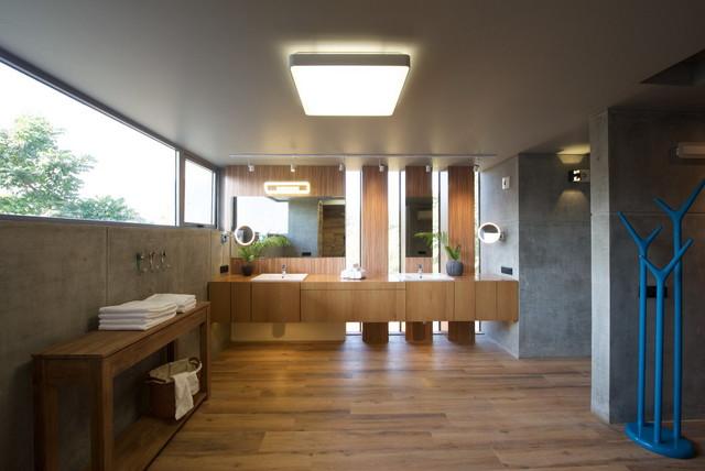 Modern luxury modern bathroom ahmedabad by s a k for Bathroom accessories in ahmedabad