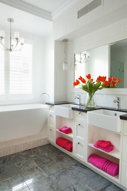 Modern queenslander shorncliffe transitional for Queenslander bathroom designs