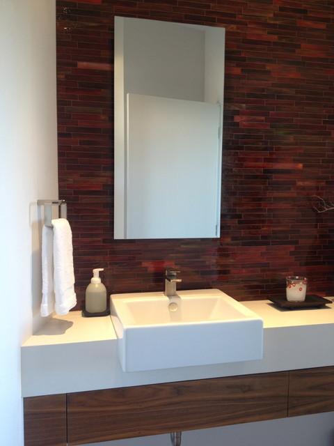 Modern ranch modern-bathroom
