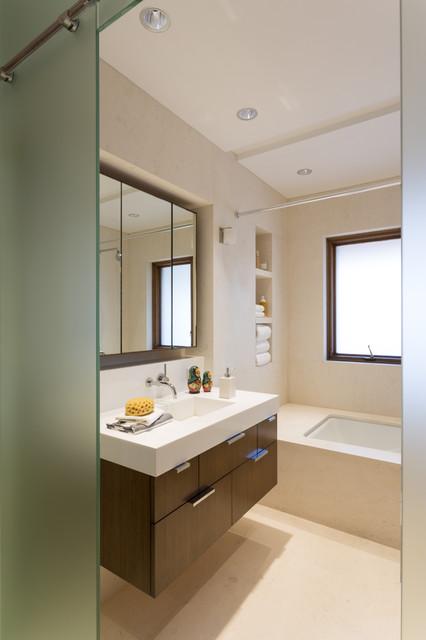 ... Scientist Residence - Modern - Bathroom - New York - by Touzet Studio