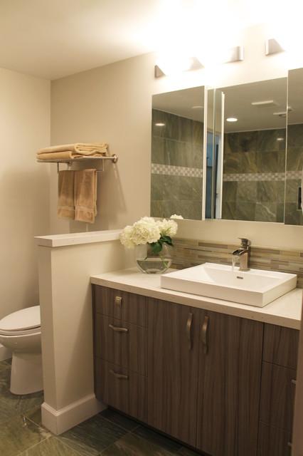 Modern seaside guest bathroom contemporary bathroom for Modern guest bathroom
