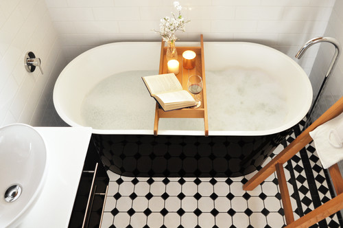 monochrome busy bathroom in a small space
