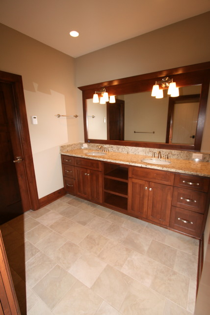 Monclaire Model traditional-bathroom
