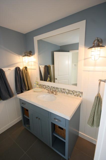 Monroe Beach House beach-style-bathroom