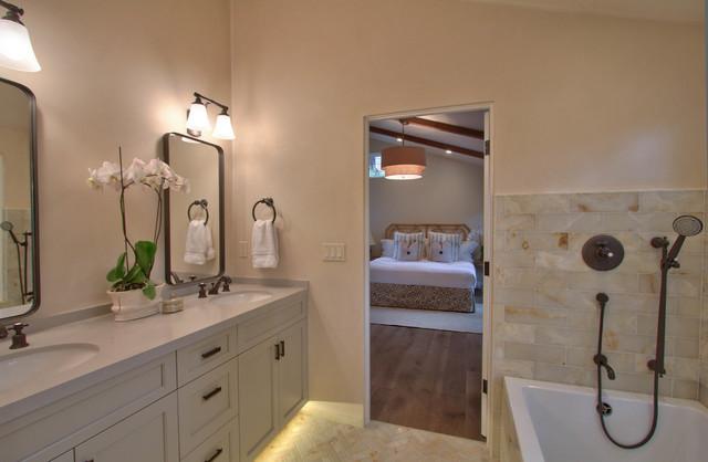 Monte Verde transitional-bathroom
