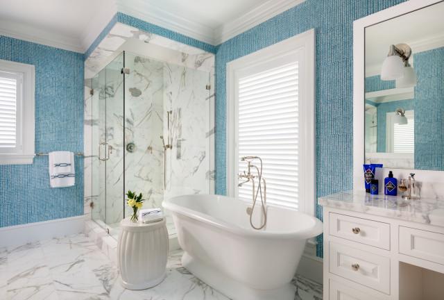 Monterey Getaway, Palm Beach トロピカル-浴室