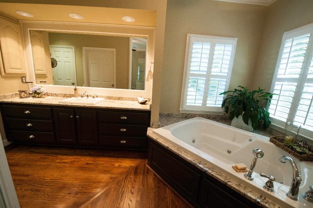 Montevallo bath update traditional bathroom for Bathroom design birmingham