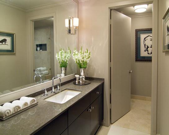 Montgomery Roth contemporary-bathroom