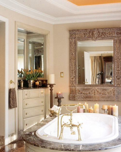 Traditional Bathroom in Beige
