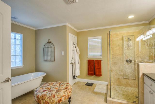 Monticello traditional-bathroom