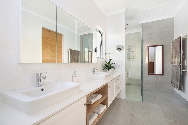 Mooloolaba Renovation And Extension Contemporary