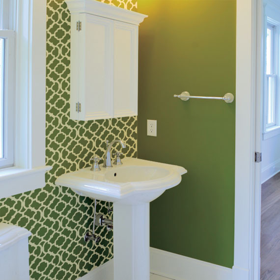 Moroccan bathroom green and white painted stencil on for Green painted bathroom ideas