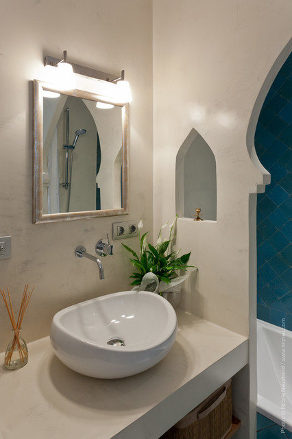 Moroccan style bathroom tropical bathroom barcelona for 4x5 bathroom ideas