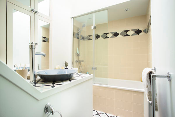 Moroccan themed bathroom eclectic bathroom london for Bathroom design jobs london