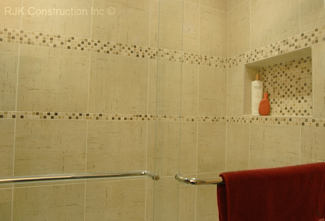 Mosaic Tile Accent Traditional Bathroom