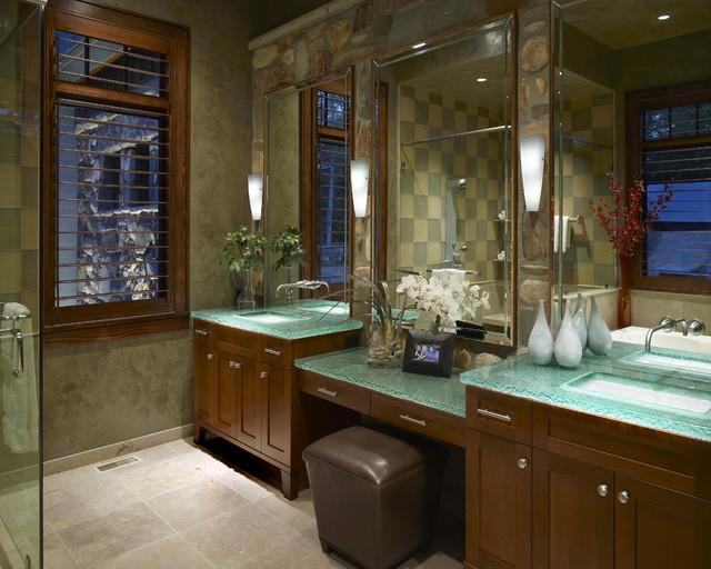 Mountain Cabin contemporary-bathroom
