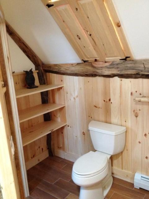 Mountain lodge bath traditional-bathroom