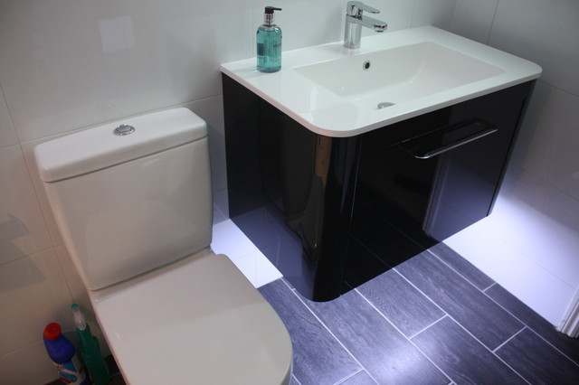 Mr Mrs Gray Great Notley Modern Bathroom Essex By Daman Of Witham
