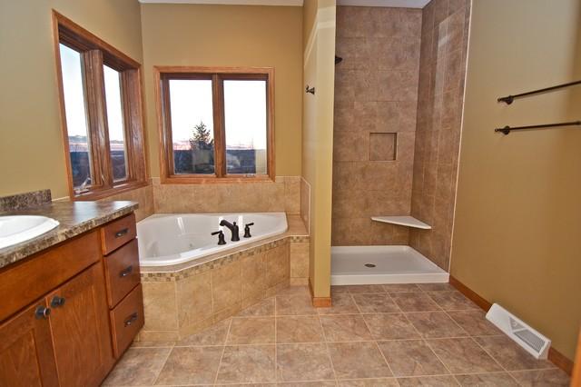 Mukwonago home remodel traditional bathroom for Bathroom remodel milwaukee
