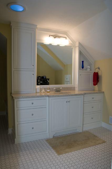 Mulder Home traditional-bathroom