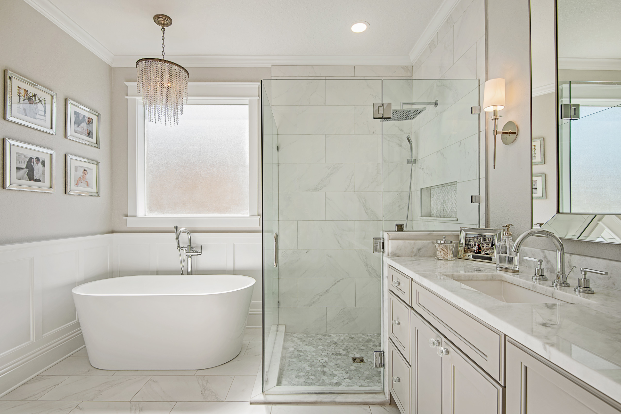 75 Beautiful Corner Shower With A Hot Tub Pictures Ideas December 2020 Houzz