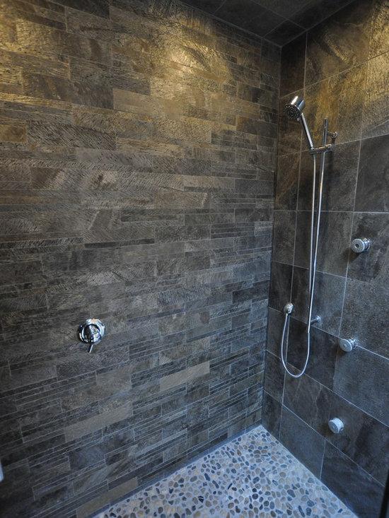 Slate bathroom tile 28 images 40 black slate bathroom for Slate tile bathroom ideas