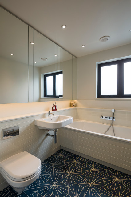 Muswell Hill House Scandinavian Bathroom