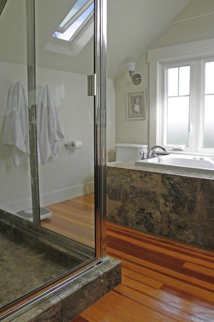Seattle, WA: Lisa Hebner craftsman-bathroom