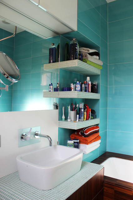 My Houzz: DIY Love Pays Off in a Small Prague Apartment industrial-bathroom