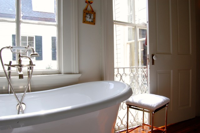 My Houzz: Colorful eclectic style in a traditional New Orleans home transitional-bathroom