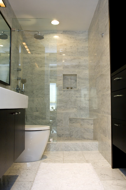 Art Insipired High Rise Modern Bathroom Chicago By